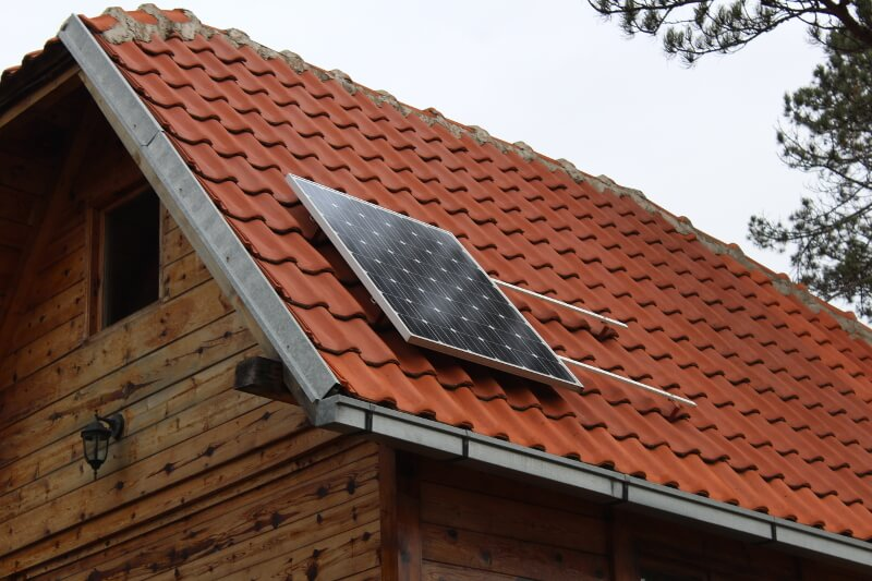 Do You Need A 1kw Solar Panel System On Your Roof Get